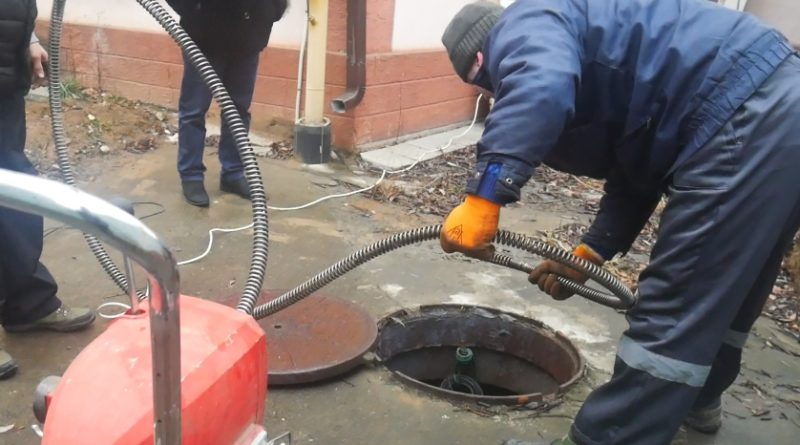 Прочистка канализации в Москве — как сделать все правильно?